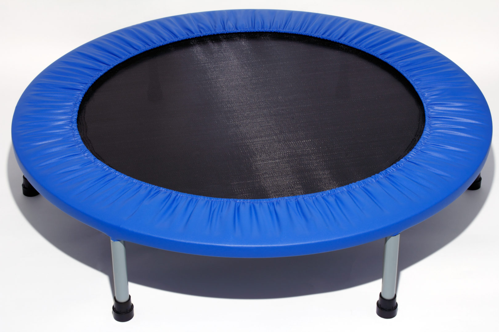 Differences Between a Rebounder and a Trampoline
